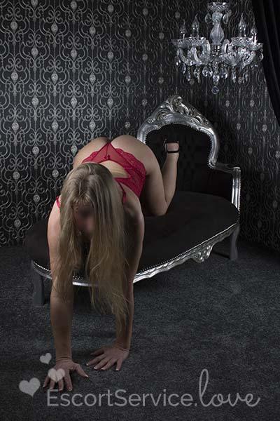 Pleun slanke blonde escort dame